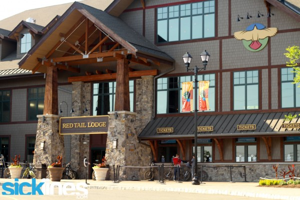 Redtail Lodge