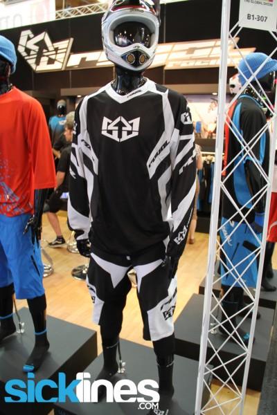 , 2013 Royal Racing Clothing Lineup