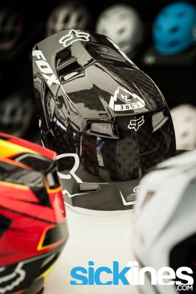 2014 FOX Head - Rampage Pro Carbon Helmet