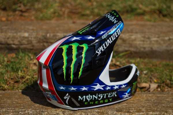 , Specialized 2013 World Championship Bikes and Helmets