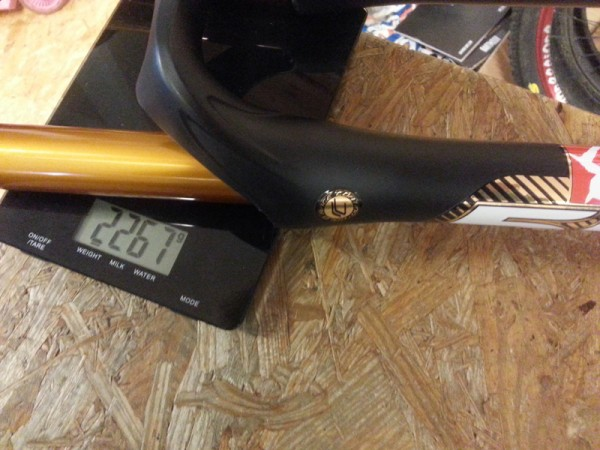 2014 Marzocchi 55 CR 20mm axle uncut tapered steerer Weights