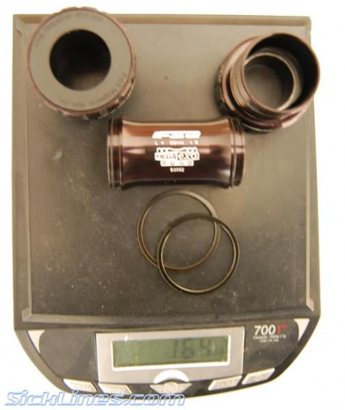 2009 Gravity MegaEXO Quad 83mm Bottom bracket