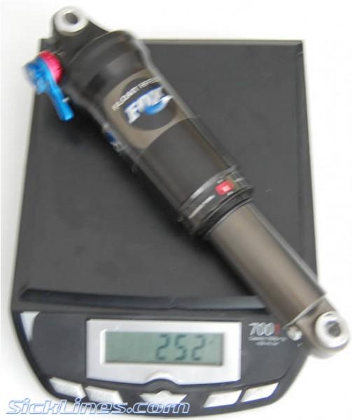 FOX RP23 7.75 x 2.25 Shock Air 2009