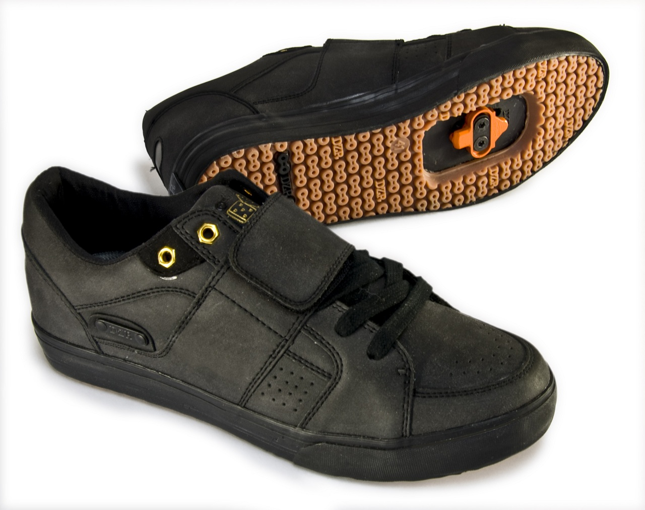 jelsoft Transvestite ltd enterprises 2007 shoes