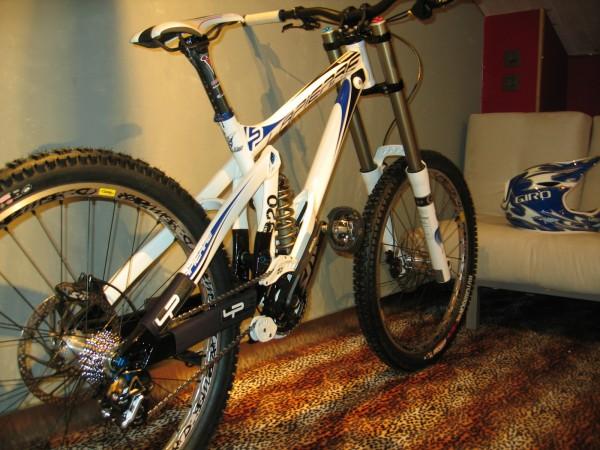 Lapierre DH 920 Team Edition bike