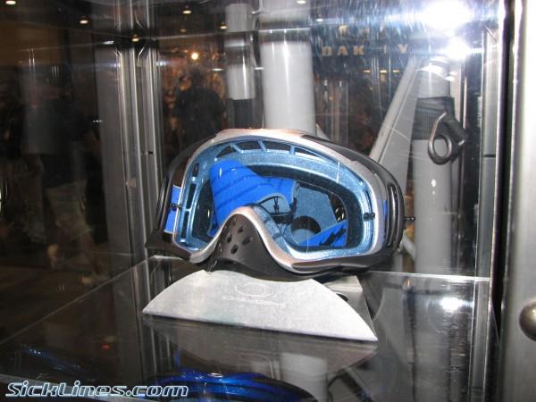 2007 Oakley Crowbar goggle