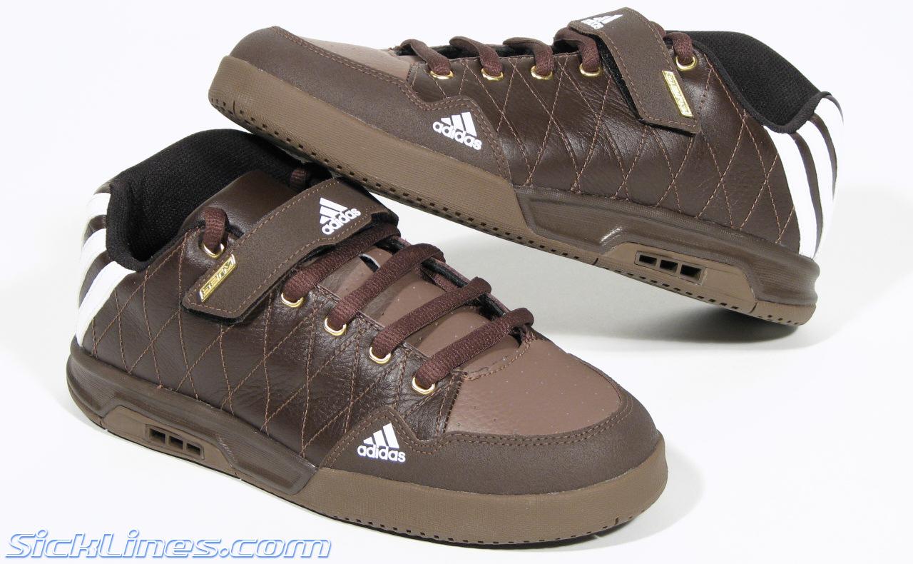 Sick Adidas Shoe Lines galerij Berm qyfFEwB