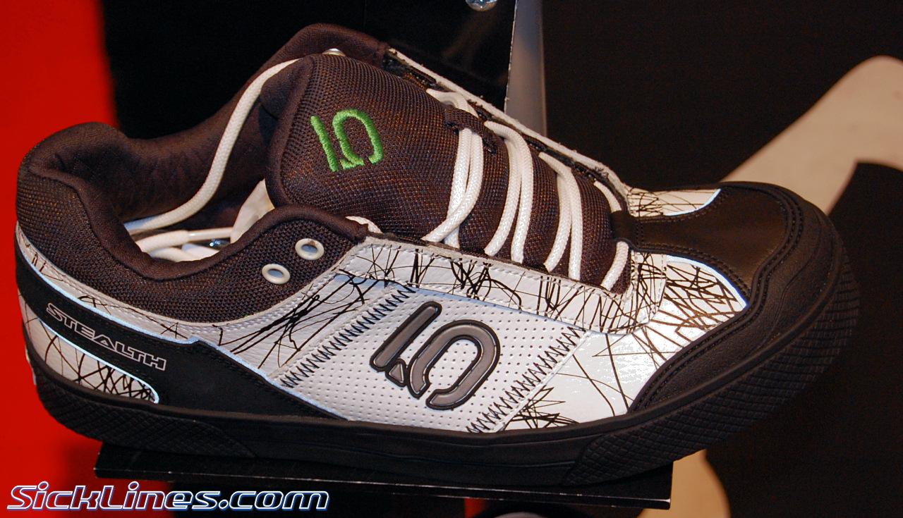 Transvestite shoes 2007 jelsoft enterprises ltd