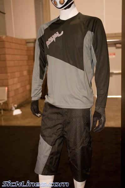 Royal Racing Clothing 2012