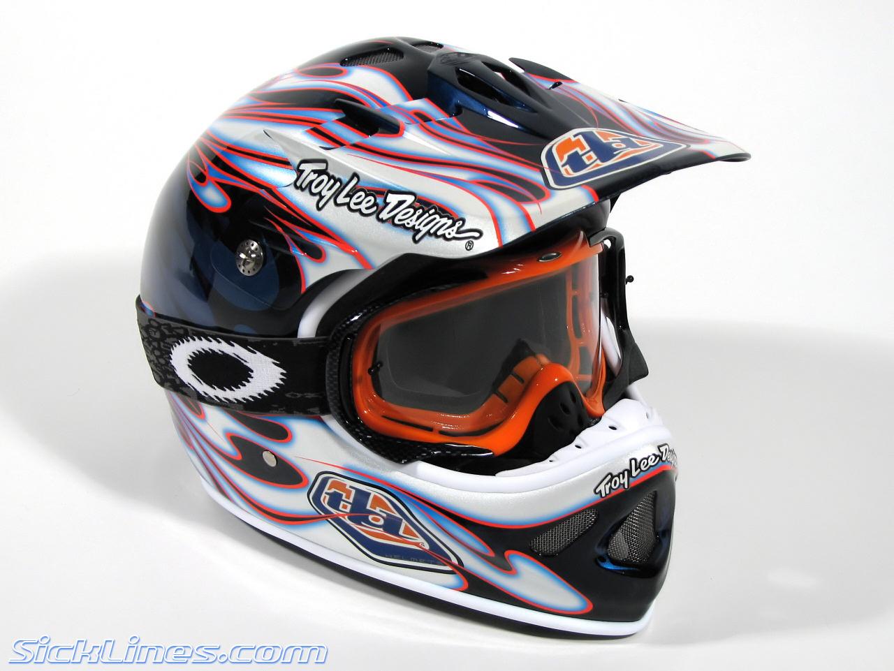 Oakley Airbrake Mx >> » 2007 Troy Lee Designs D2 Carbon Flame Helmet - Sick ...