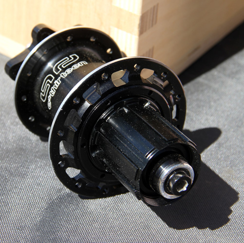 , 2012 e.thirteen by the Hive LG1 TR, 4 x 120 Guidering, and Geared Hubs