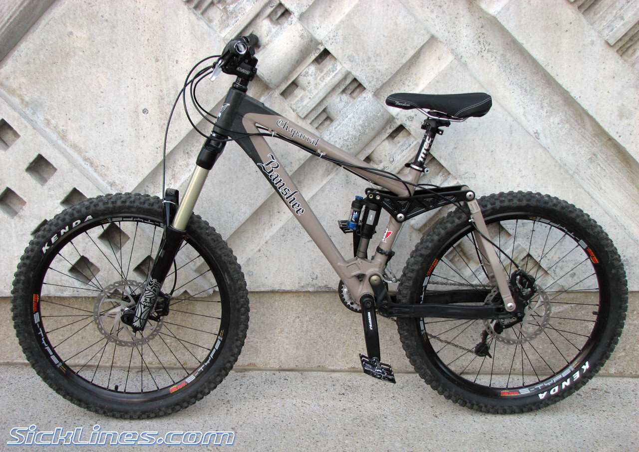 187 2007 Banshee Chaparral Sick Lines Mountain Bike