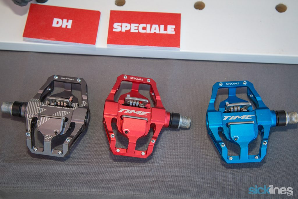 , Time Specialie 12 pedals, Deity Brendan Fairclough BF800 handlebars, Ergon GE1/GD1, Oury, Niner Magic Carpert Ride