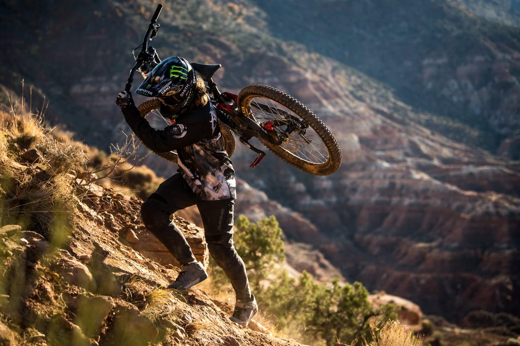 , Dakine Launches Aggy Series for MTB