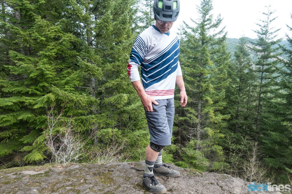 , Review: Dainese AWA shorts and HG jersey