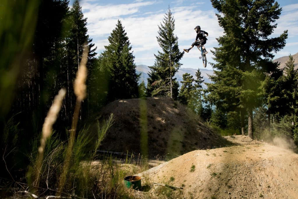 , Video: Bernard Kerr Elevated – Pivot Shuttle – eMTB