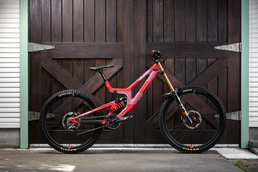 , On The Spanners – Luca Shaw Builds A Santa Cruz Reserve Wheel
