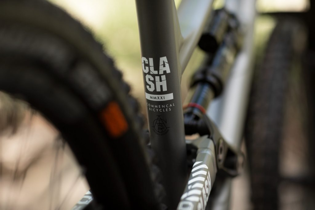 , Commencal Clash 2021 – Signature, Race, Essential, Origin models